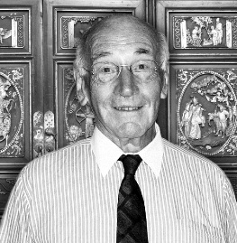 Mr Tatlow_mono (2).jpg